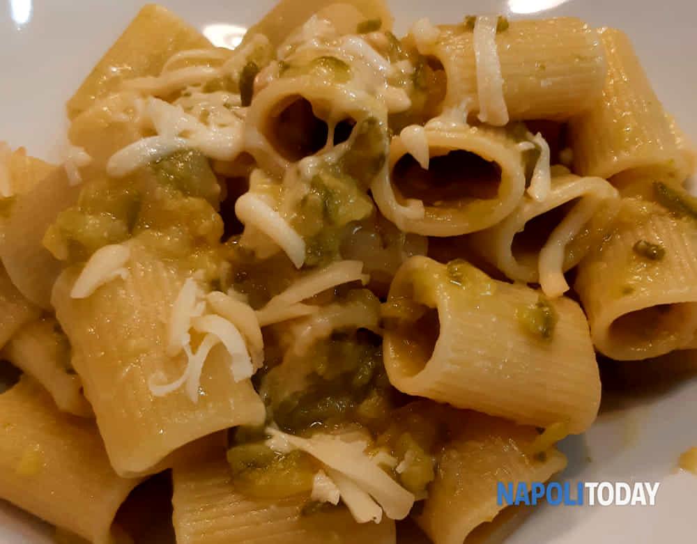 pasta zucchine scamorza @VG-2-2-2