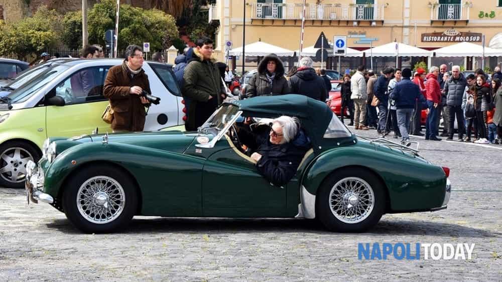 """""""xxii raduno di primavera"""": a baia,  la kermesse """"flegrea"""" che apre la stagione 2019 del classic car club napoli -10"""