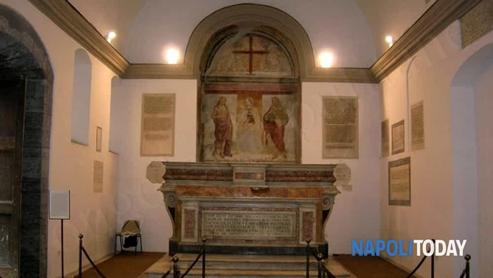 cappella sansevero tour: i misteri del principe immortale e le lapidi alchemiche di cappella pontano.-9