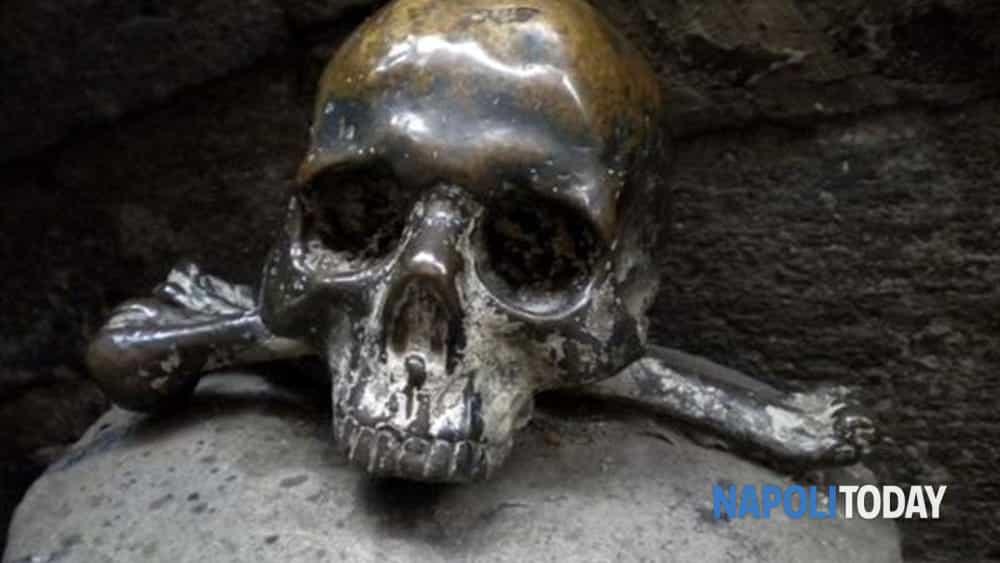 napoli esoterica: tour nel ventre oscuro di napoli nei luoghi del mistero tra alchemici e demoni.-7