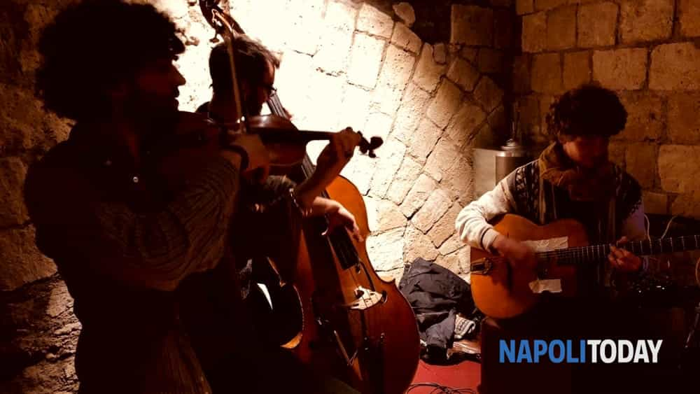 la notte della befana, travolgente percorso nel centro antico tra brivido, magia, brindisi e musica.-9