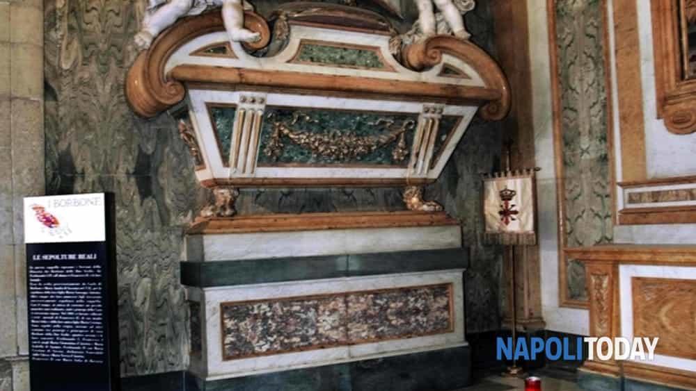 malafémmena tour: le eroine nere del regno di napoli, che nacquero fate e morirono amanti del diavolo.-3
