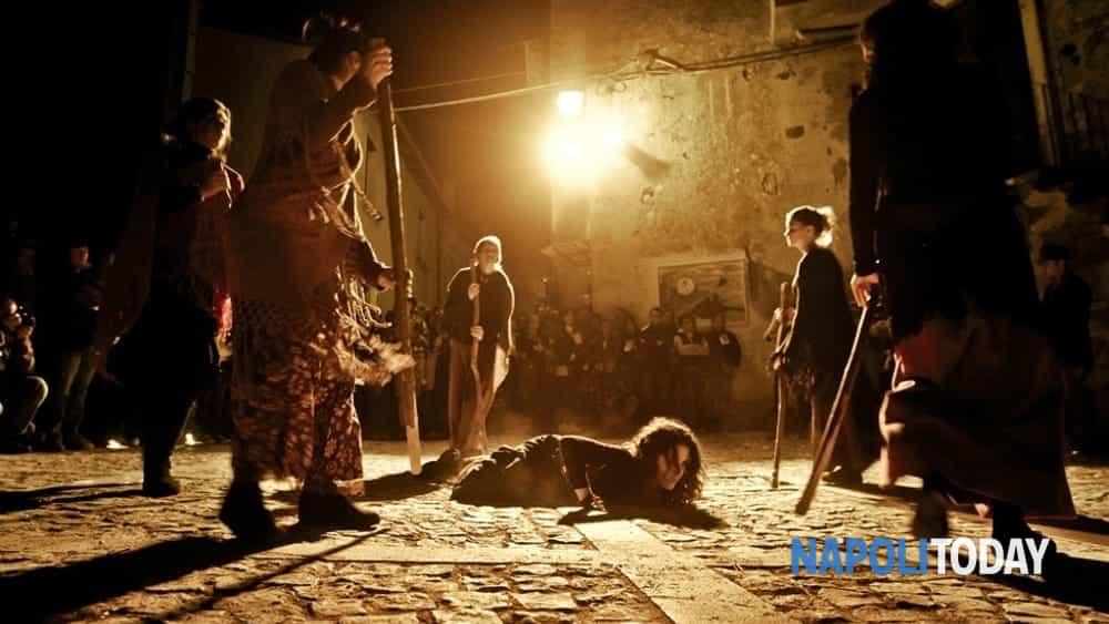 le notti delle streghe: nell'oscurità della sera il tour guidato alla scoperta del volto nascosto di una napoli magica e stregata.-7
