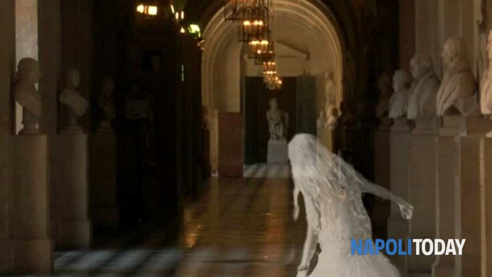 ghost tour: con i cacciatori di fantasmi in un percorso notturno, tra i luoghi più infestati del centro antico di napoli.-7