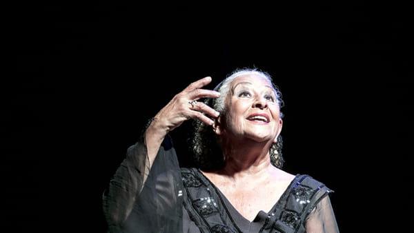 """Isa Danieli in """"Serata d'amore"""" al Teatro Nuovo: omaggio ad Annibale Ruccello"""