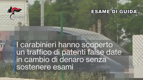 Soldi in cambio di patenti false: banda inchiodata da un video