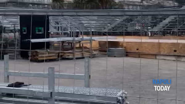 Universiadi, lavori in corso sul Lungomare per lo stadio del tennis | VIDEO