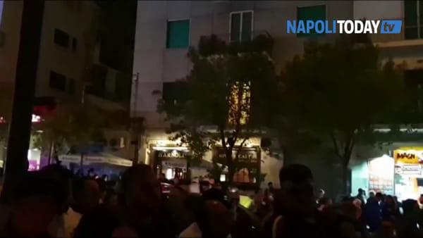 """Fiaccolata per la piccola Noemi: """"Deve conoscere la Napoli bella"""""""
