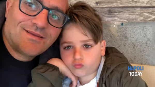 """Infermiere del 118 pubblica audio del figlio: """"Tutti possono stare con i papà, mentre tu sei sempre al lavoro"""""""
