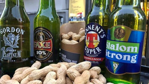 Birra & Noccioline compie 1 anno: birre gratis per 200 clienti