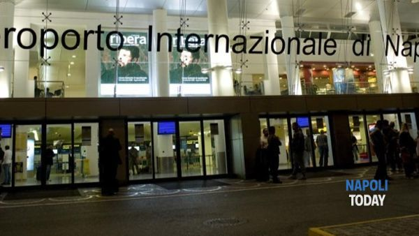 Pusher arrestata all'aeroporto di Capodichino