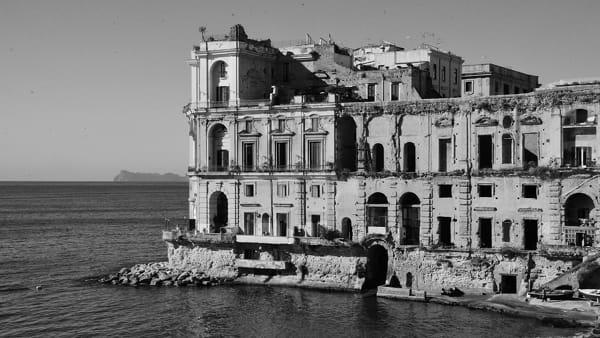 """Al via le """"Domeniche in Dimora"""": visite a ville e palazzi antichi di Napoli e provincia"""