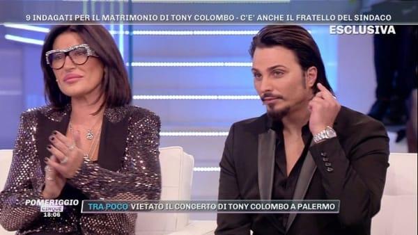 """Nozze Tony e Tina Colombo, il cantante: """"Stiamo pagando errori che non abbiamo commesso"""""""