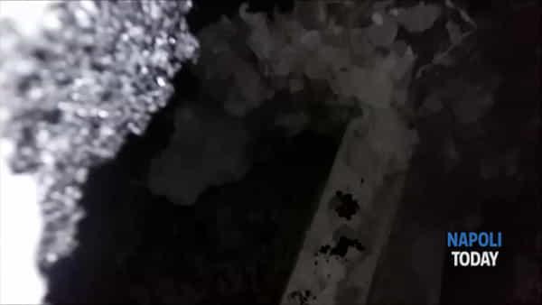 Voragine scoperta da Bukaman: all'esterno solo una piccola buca (VIDEO)