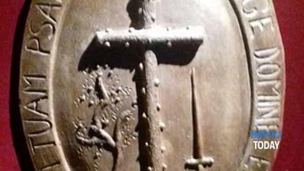 streghe a napoli: museo delle torture, janare e patti diabolici.-5