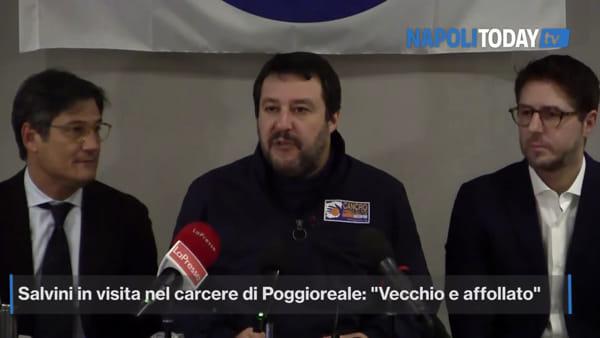 """Salvini a Poggioreale: """"Droga e cellulari in carcere: non è colpa degli agenti"""""""
