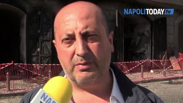 Incendio in piazza Mercato: distrutti nove locali del Comune