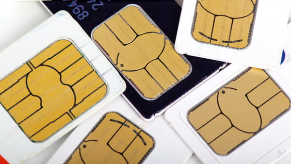Mugnano, donate 30 Sim Card agli studenti meno fortunati