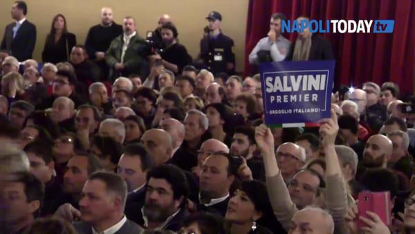 """Salvini a Napoli: """"Lavoriamo al nome per mandare a casa De Luca"""""""
