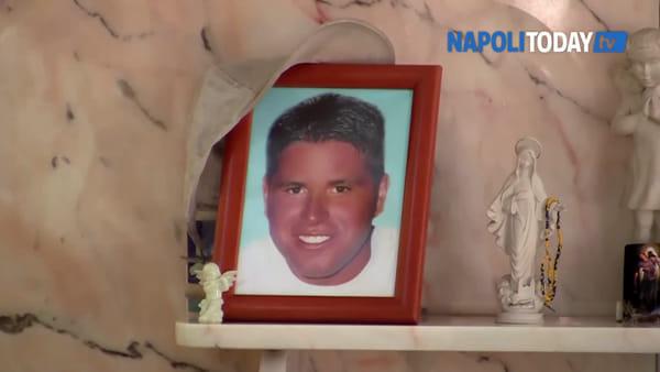 """Gigi e Paolo uccisi dalla camorra 19 anni fa. I genitori: """"Il quartiere non è cambiato"""""""