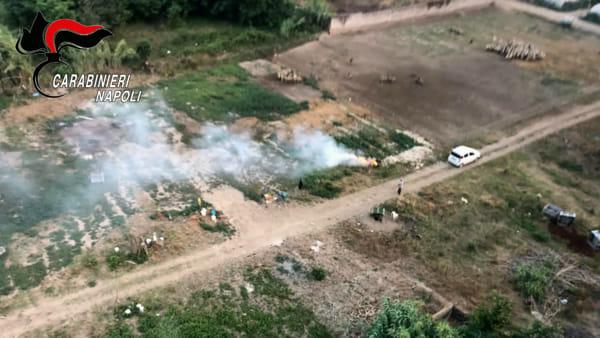 Terra dei Fuochi, 32 denunce dei Carabinieri dopo un solo sorvolo in elicottero