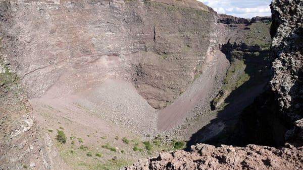 Vesuvio Prof Zollo Federico Ii Dobbiamo Porre Grande Attenzione A Ogni Piccolo Segno Di Pericolo