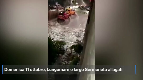 Un fiume d'acqua su Lungomare e Largo Sermoneta: il video