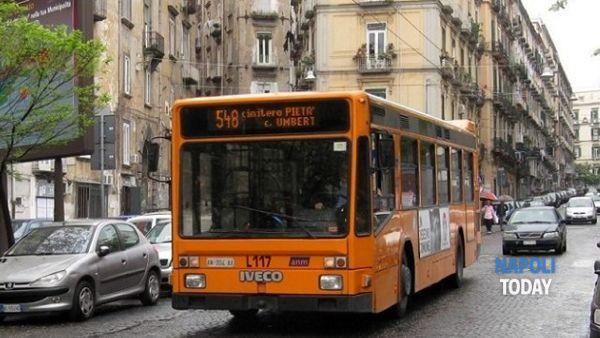 Polizia su bus e metro contro i passeggeri senza biglietto
