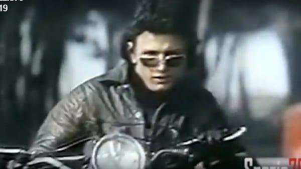 """""""Agostino 'o pazzo"""", il motociclista acrobatico che mise in scacco la polizia napoletana"""