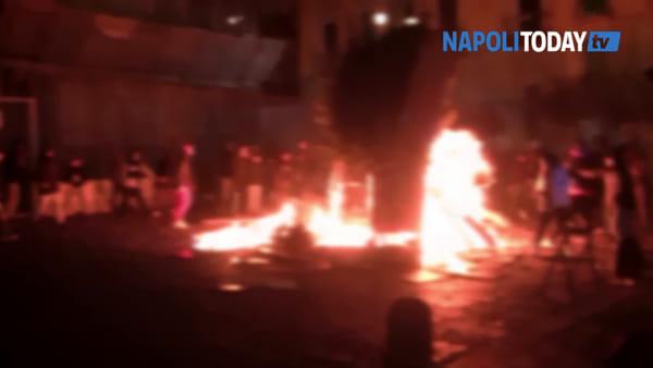 """Rione Sanità, il 'cippo' arriva a tarda notte: """"Difendiamo una nostra tradizione"""""""