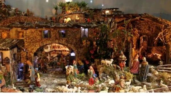 O' presepe dei puverielli: passeggiata tra i presepi popolari di Napoli