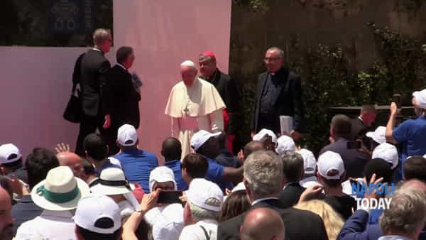 Papa Francesco a Napoli, la caduta di Sepe|VIDEO