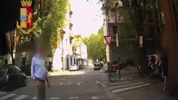 Rapinatori di Rolex napoletani in trasferta a Torino: il video della fuga