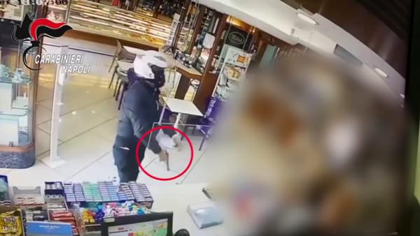 """Rapinatore di pasticceria arrestato """"a causa"""" di una gamba"""