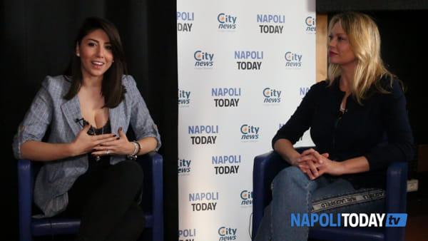 """Anna Falchi si racconta: """"Mi piacerebbe vivere a Napoli"""""""