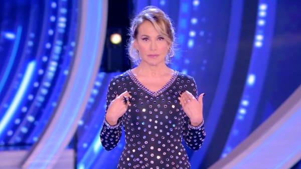 """Barbara d'Urso rivela in diretta tv: """"Anche io ho scoperto di avere un fidanzato fantasma"""""""