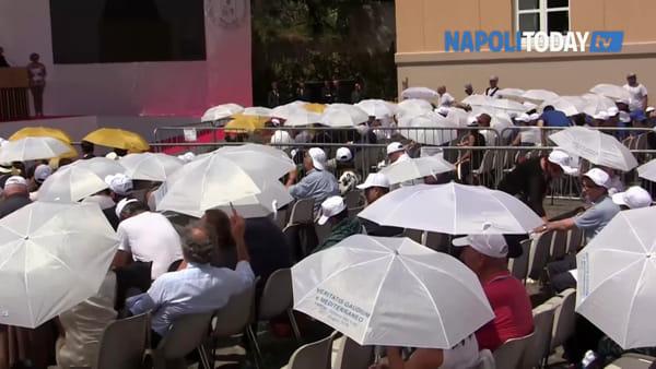 """Papa Francesco: """"Napoli è un esempio di accoglienza"""""""