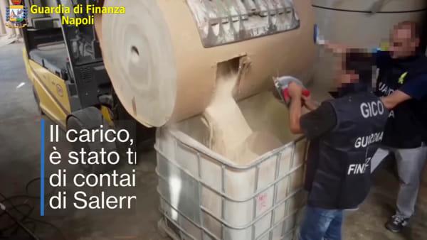 I finanzieri di Napoli scovano la droga dell'Isis (VIDEO)