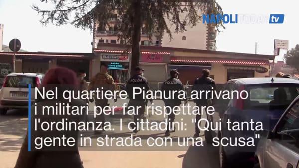 """L'esercito arriva a Pianura: """"Gente in strada con la scusa delle caramelle"""""""