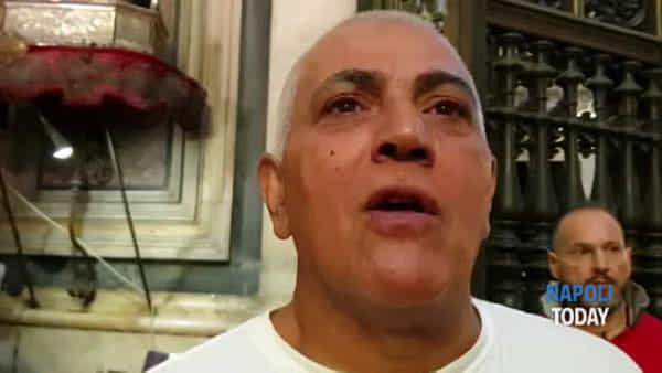 Miracolo di San Gennaro: operai della Whirlpool al duomo (VIDEO)