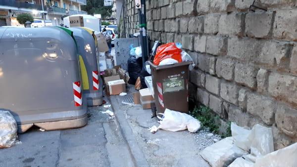 Via San Giacomo dei Capri. La discarica-vergogna