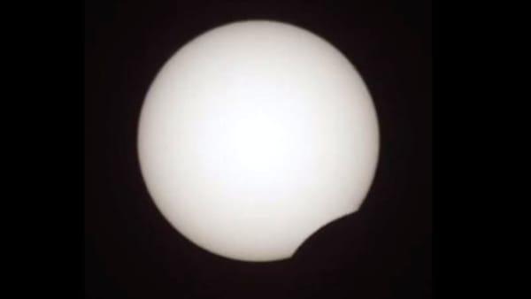 Eclisse parziale di Sole vista da Napoli: le immagini
