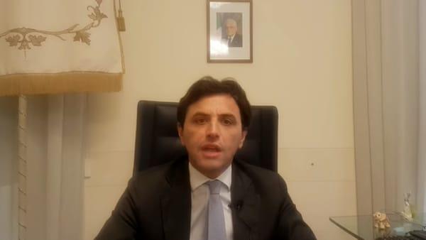 """Ragazza positiva al Coronavirus ad Ercolano, il sindaco: """"Giovani, non fate gli idioti"""""""