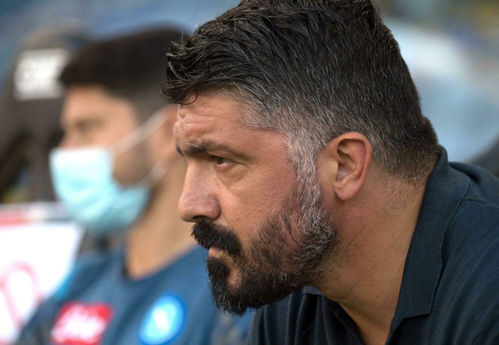 Napoli, tutti negativi i tamponi degli azzurri: si gioca regolarmente alle 12,30