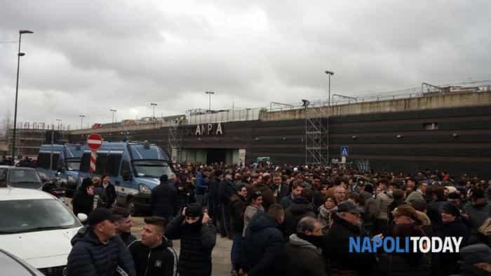 Marcia contro la violenza a Napoli (Foto Romano) (1)